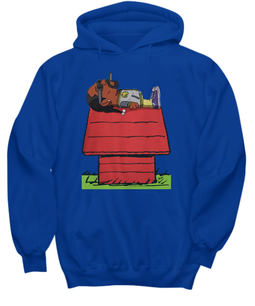 Snoop Dogg smoke weed on Snoopy's house hoodie