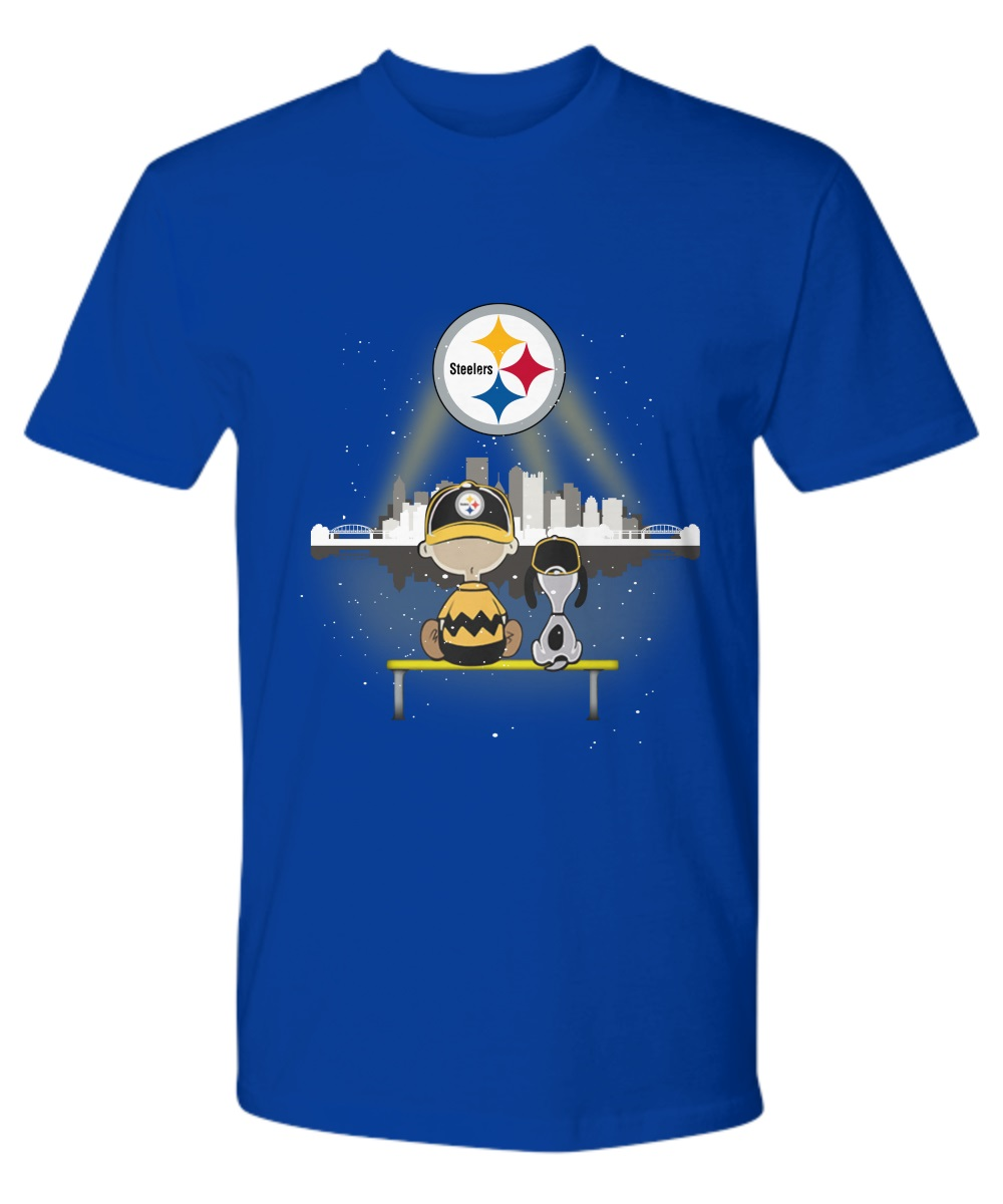 Charlie Brown And Snoopy Watching City Pittsburgh Steelers premium shirt